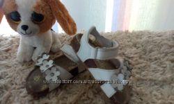 Белые босоножки для малышки  ортопед.
