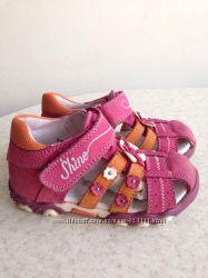 Baren-Shuhe босоножки 23р. Германия. кожа. сандалии босоніжки для девочки