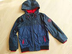 Красивая практичная ветровка куртка George на 4-6 лет