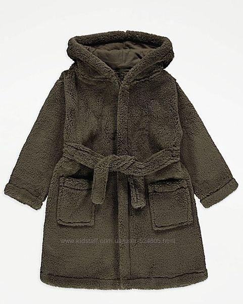 Мягенький, теплый халатик на мальчика george на 6-7 лет на 116- 122 см
