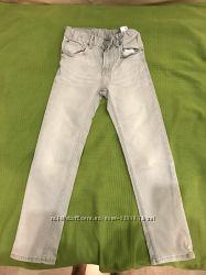 Серые джинсы рост 128 HM