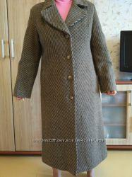 Итальянское шерстяное демисезонное пальто, р. 50