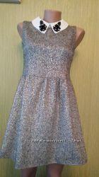 Красивое платье костюмная ткань