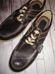 Мужские туфли в стиле спорт классик