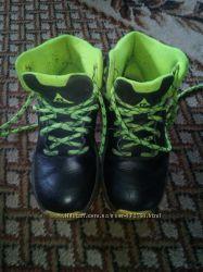 Продам кожаные ботиночки nike