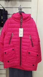 Продам демисезонную курточку для девочки