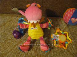 Подвесная развивающая игрушка Lamaze