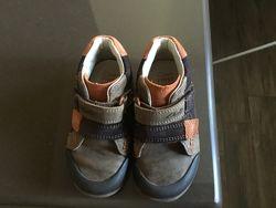 Ботиночки-кроссовки Clarks на мальчика б/у