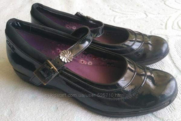 Кожаные туфли Clarks, p. uk 1. 5f, стелька 22см