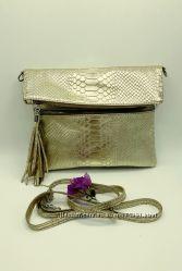 Итальянская сумочка с кисточкой кожа под рептилию