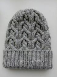 Вязаные шапки на ваш выбор