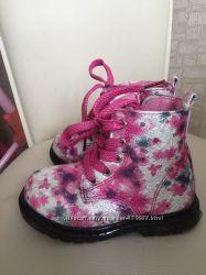 Весенние  демисезонные ботинки 23 размер
