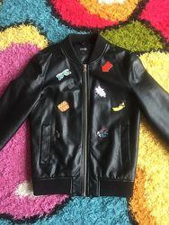 класна молодіжна куртка