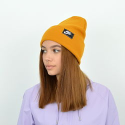 молодежная шапка унисекс