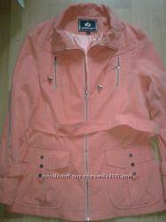 Отличная куртка для женщины