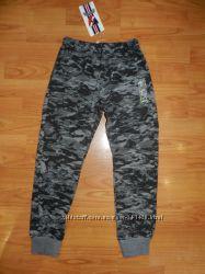 Спортивные брюки на мальчиков. На рост 134-164