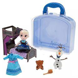Игровой набор мини кукла Эльза в чемоданчике с игрушками