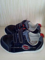 Кроссовочки для мальчика р 22, 14 см по стельке, кожаные