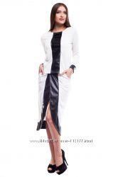 В наличии женский костюм, свитшот и юбка