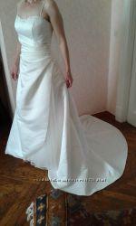 Цену снизила. Свадебное платье
