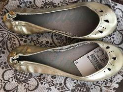 Балетки Stradivarius с укорочённым носком