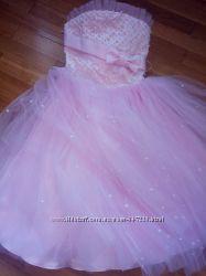 Очень красивое платье 134-146 р.