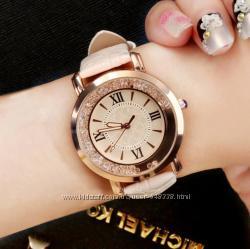 Часы женские очень красивые 3 цвета
