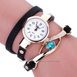 Часы женские браслет изумруд