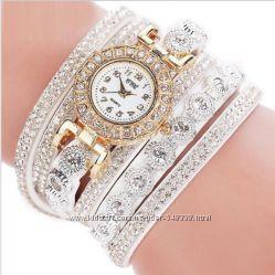 Часы женские браслет CCQ