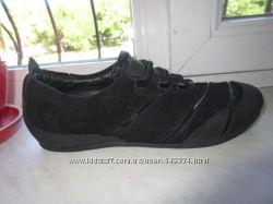 Кожаные кроссовки Clarks 39 р 5, 5