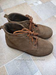 Стильные замшевые ботиночки Джимбори