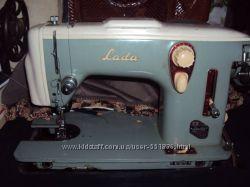 Швейная машинка Лада ножная