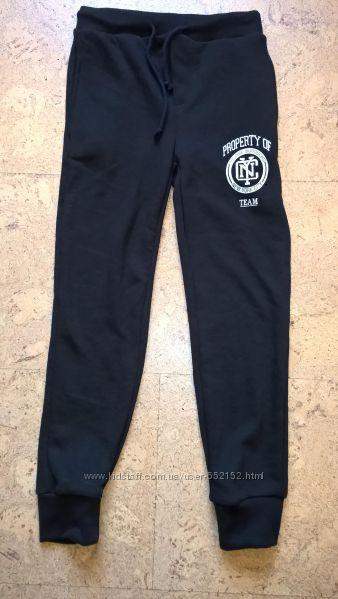 Новые брюки спортивные на мальчиков черного  цвета  NYC