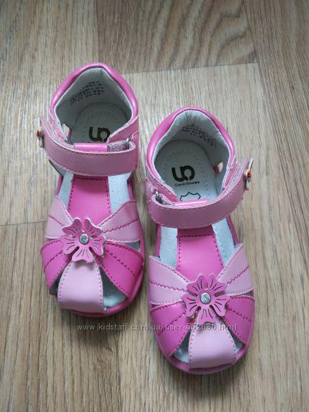 Босоножки, сандали на девочку. Размер 24.