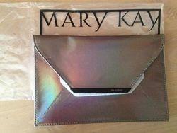 Серебристая сумочка-клатч конверт мери кей, mary kay, перламутровый отлив