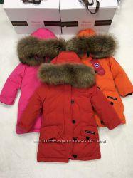 Куртки и пальто Canada Goose от 0 до 14лет