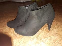 Ботинки, ботильйоны Испания 24, 5 см