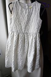 Нарядное парчовое платье crazy8 на 5-6 лет