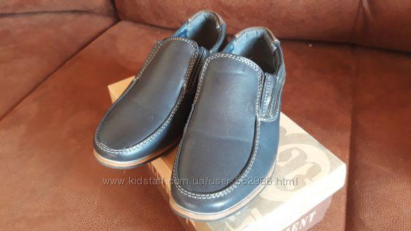 Туфли в школу на 1 сентября в хорошем состоянии