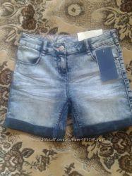 Шорты из облегченного джинса  из магазина C&A , размер 140