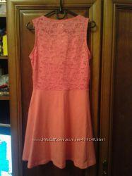 Новое красивое хлопковое платье с ажурной спинкой, размер 134140