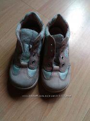 ботинки детские р. 22