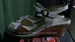Новые босоножке  от немецкого бренда Rohde