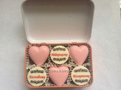 Подарунки чоловікам - металеві коробочки з привітаннями до Валентина