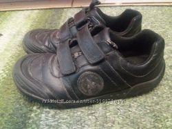 Кожаные демисезонные  кроссовки Clarks 33 р-р 20. 5 см