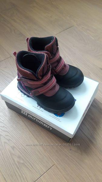 Демисезонные ботинки Minimen 29 размера 18, 7 см стелька бу