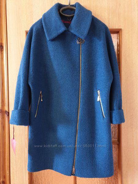 Красивое демисезонное пальто размер М шерсть