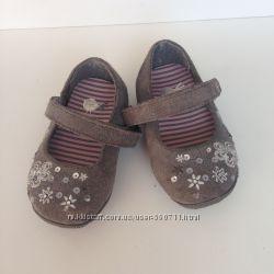 Продам туфельки от next