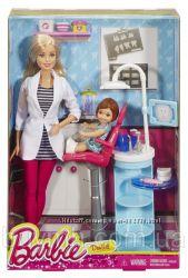 Кукла Барби Стоматолог Я хочу быть Barbie Careers Dentist Playset DHB64