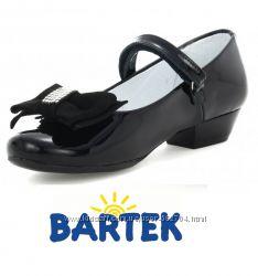 Bartek кожаные лакированные туфельки р34-35  Фото стельки